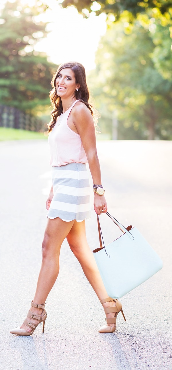 Ideal-Women-Skirt-Outfits