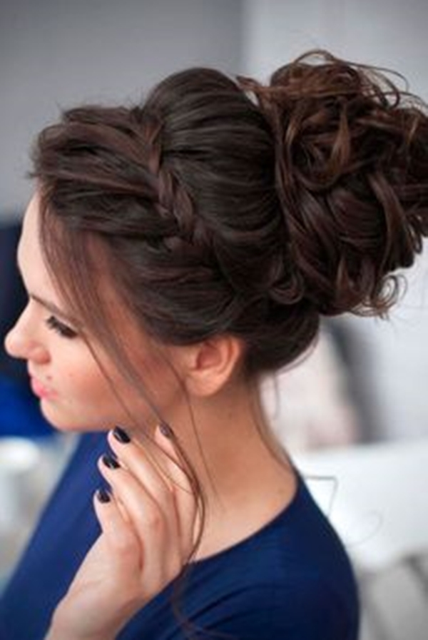 45 Gorgeous Bun Hairstyles For Office Women