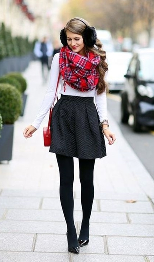 Ways-to-Wear-Crop-Top-Outfits-in-WintersWays-to-Wear-Crop-Top-Outfits-in-Winters